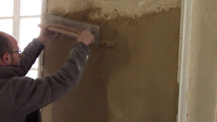autour-de-la-chaux-comment-appliquer-enduit-finition-chaux-sable